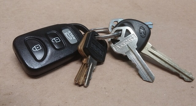 alarm samochodowy - klucze